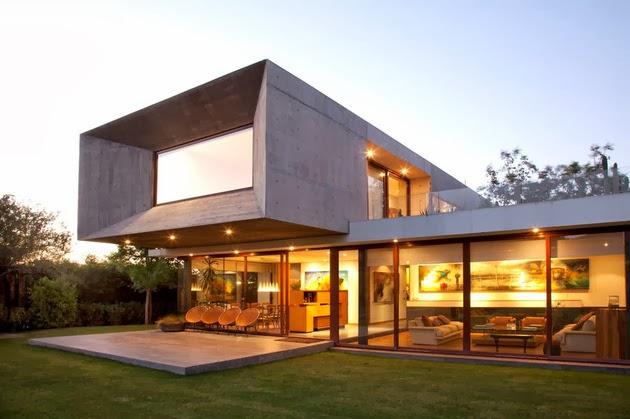 Rumah Kaca Modern dengan Desain Terbuka