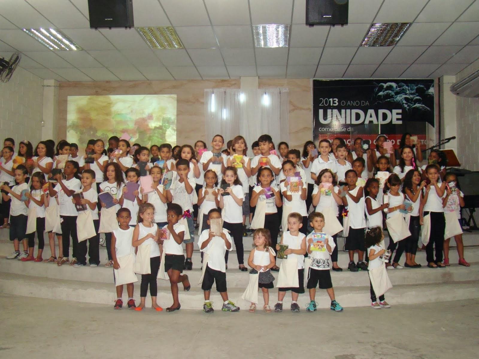 Maanaim Radicais Kids e Juvenis