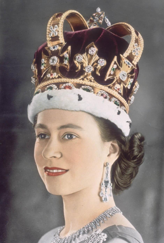 елизавета королева англии фотографии