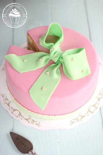 Täytekakku kakkukurssille