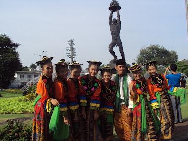 PENARI TRADISIONAL BETAWI