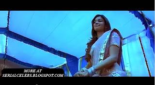 Tamanna hip show in Siruthai