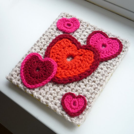 The Kats Scratch Pad: Crochet Valentines Day Card