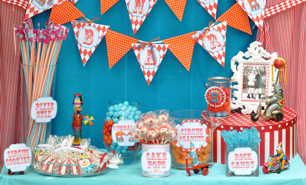 Circus carnival party candy bar real parties i 39 ve styled amy 39 s party ideas - Carnival party menu ...
