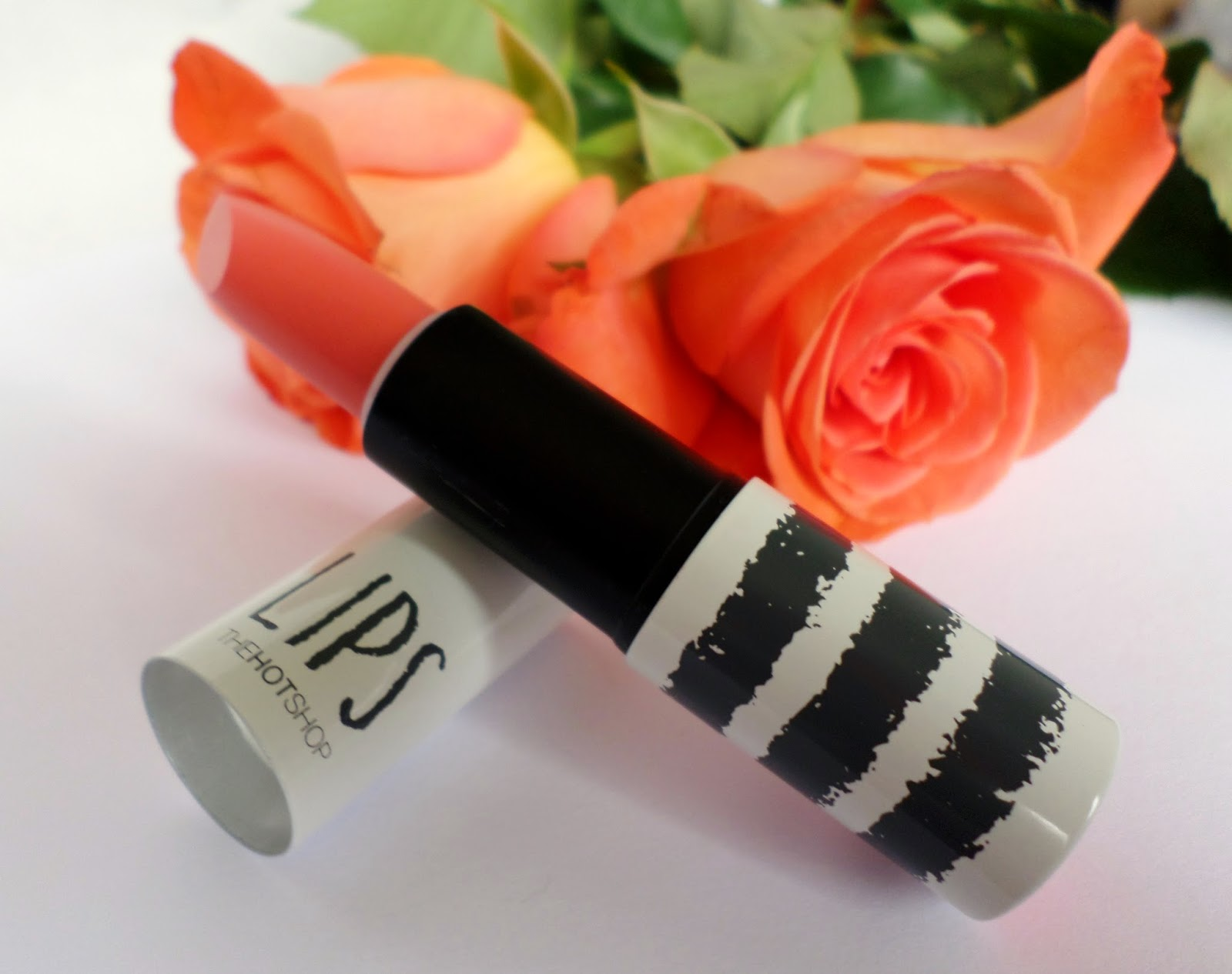 Born Pretty Velvet Finish Moisturising Lipstick in the Shade 01