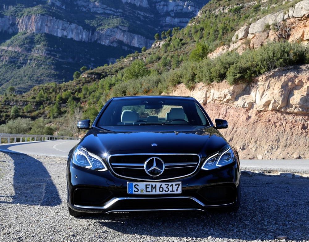 Wwwthevampireacademy 2014 mercedes benz e63 amg first drive for Mercedes benz e63 amg