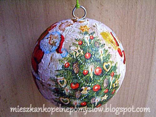 http://mieszkankopelnepomyslow.blogspot.com/2014/12/bombka-bozonarodzeniowa-konkurs-w-szkole.html
