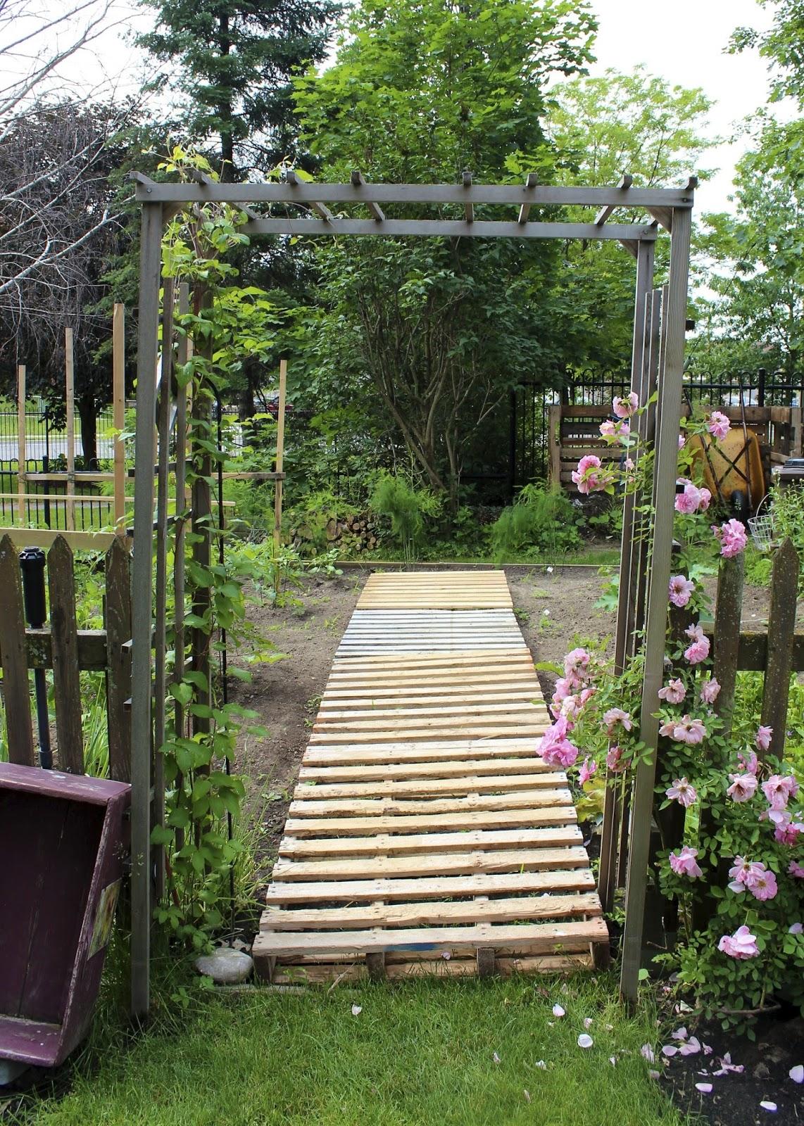 Pallet Vegetable Garden Ideas