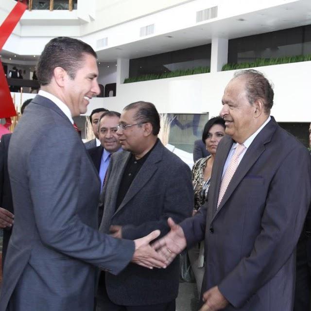 Gobernador se reúne con Diputados Convergentes