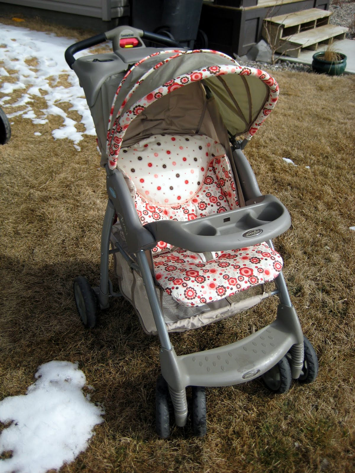 Laura Thoughts: Jenn\'s Stroller