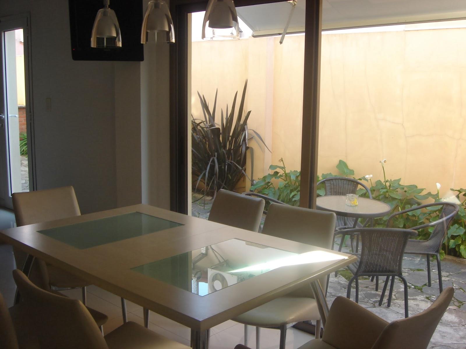 Rioja 3820 la lucila cocina comedor for Cocinas con salida al patio