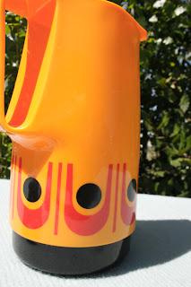 Thermos vintage, orange aux motifs géométriques, années 70 !