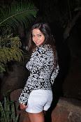 Disha Deshpande glamorous photos-thumbnail-4
