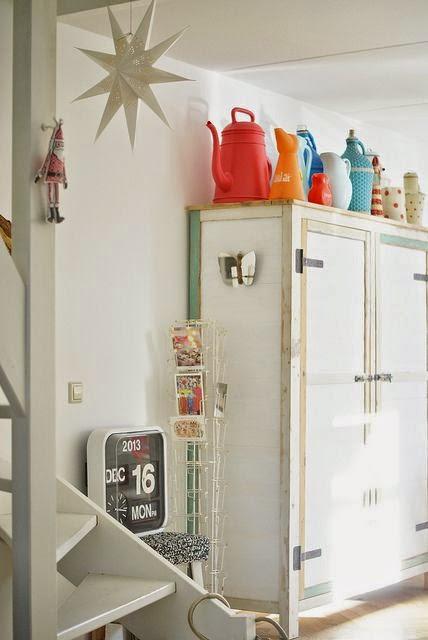 Taquillas blancas vintage armario cocina