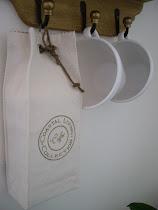 Utlottningen av en kaffepåse och en beautybag