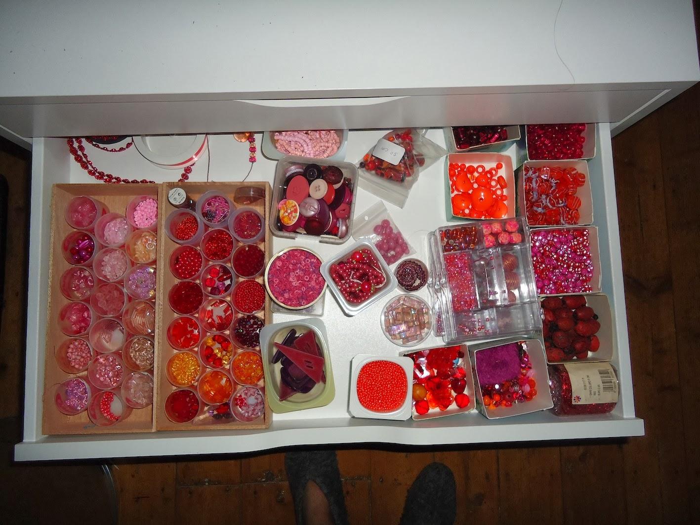 Creatieve workshops geluk in een klein kastje for Ikea ladenblok alex