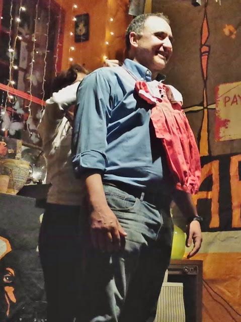 Isabel Camiña (ventrílocua) en su espectáculo Humor y magia en la garganta