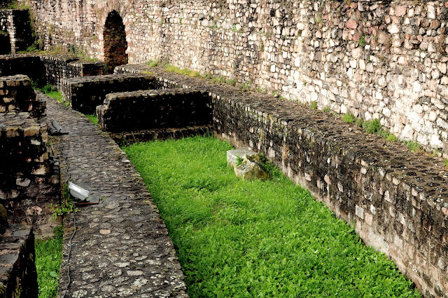 ruins romans lyon galia