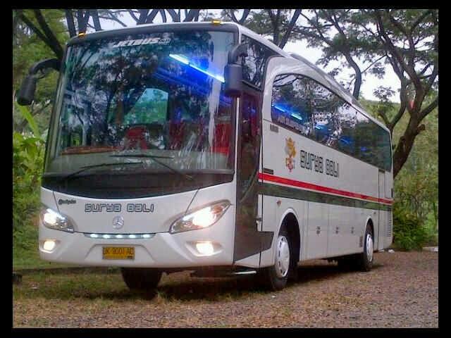 Bus Pariwisata - Jet Bus by Adi Putra