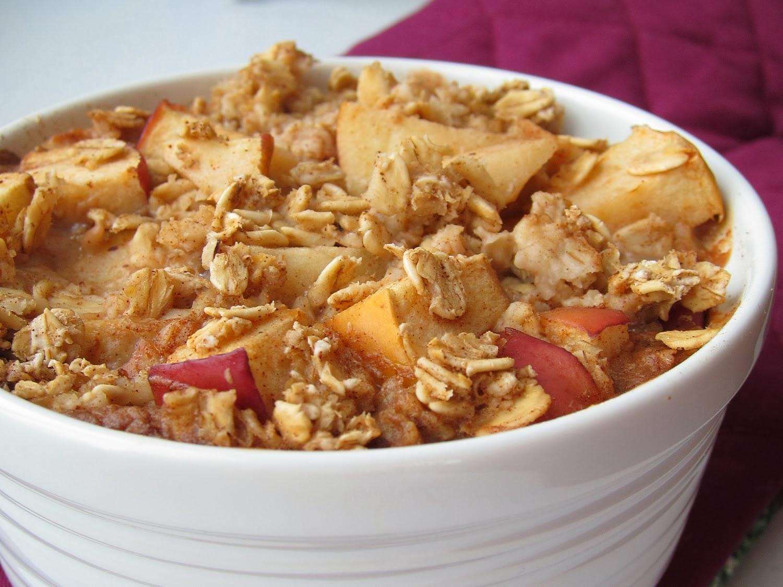 apple+pie+baked+oatmeal+%2810%29.JPG