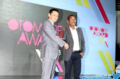 penyerahan ertiga otomotif award