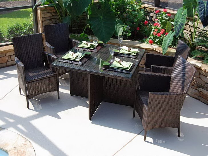 Picking the Right Patio Dining Set | MODERN INTERIOR