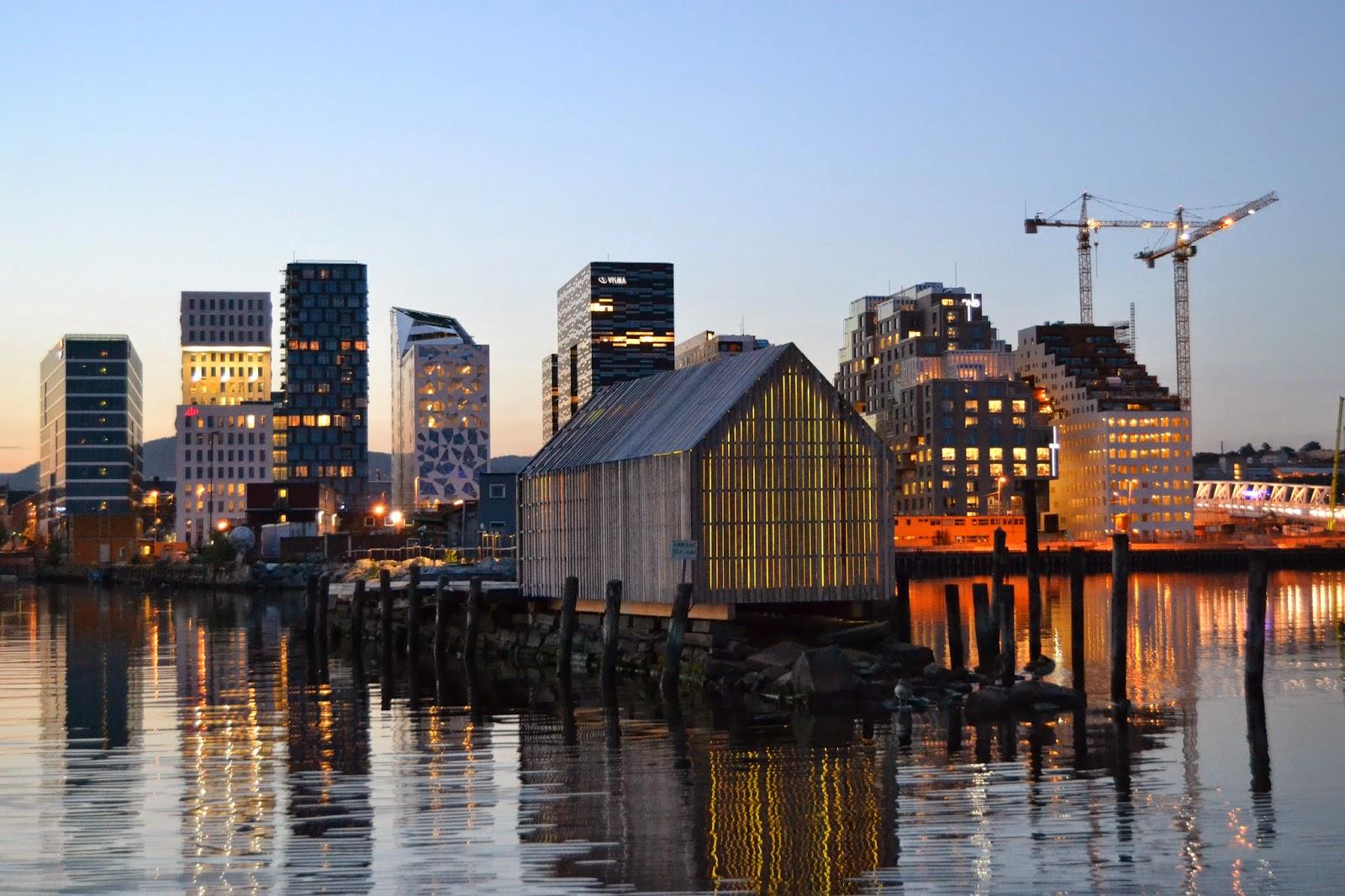 Oslo skyline night bjørvika