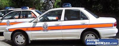 Polis Luar Negara Menggunakan Kereta Buatan Malaysia