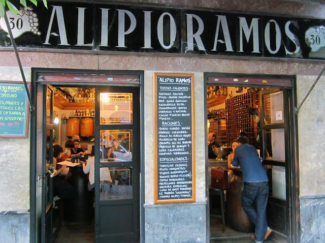 Alipio Ramos, fachada.