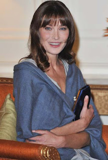 Carla Bruni pregnant with twins