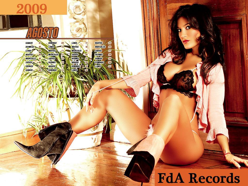 http://2.bp.blogspot.com/-GP0cOHed8pw/TiAf7tHfjWI/AAAAAAABb2k/A-WcqmhvC4k/s1600/de-silvina-escudero+%25281%2529.jpg
