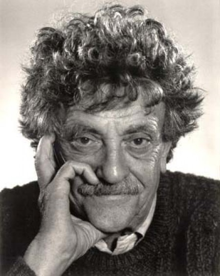 a literary analysis of breakfast of champions by kurt vonnegut A collection of essays about kurt vonnegut,  an analysis of the main theme of vonnegut's breakfast of champions  analysis of vonnegut's literary.