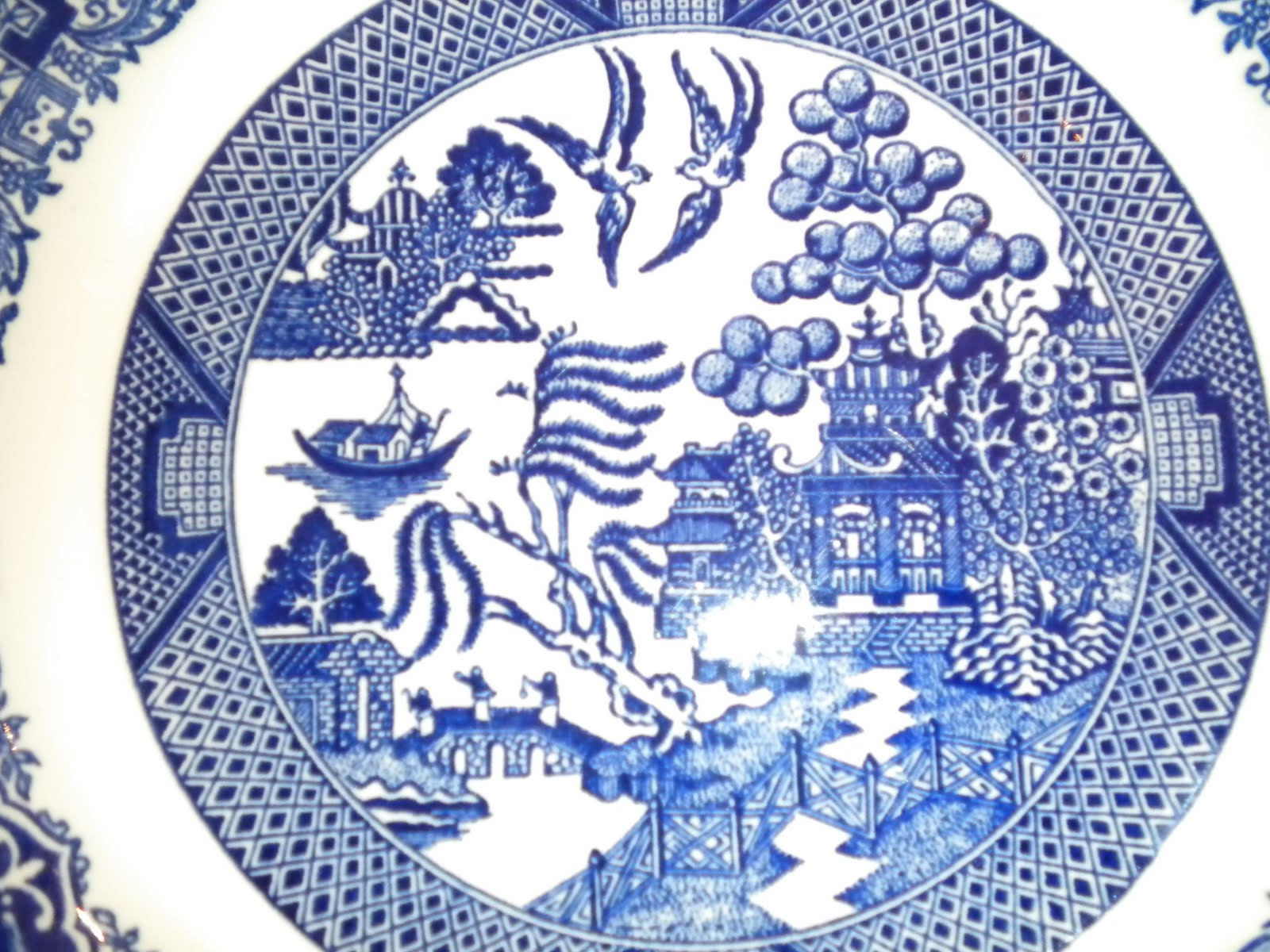 Queen Of Hearts History Blue Willow China