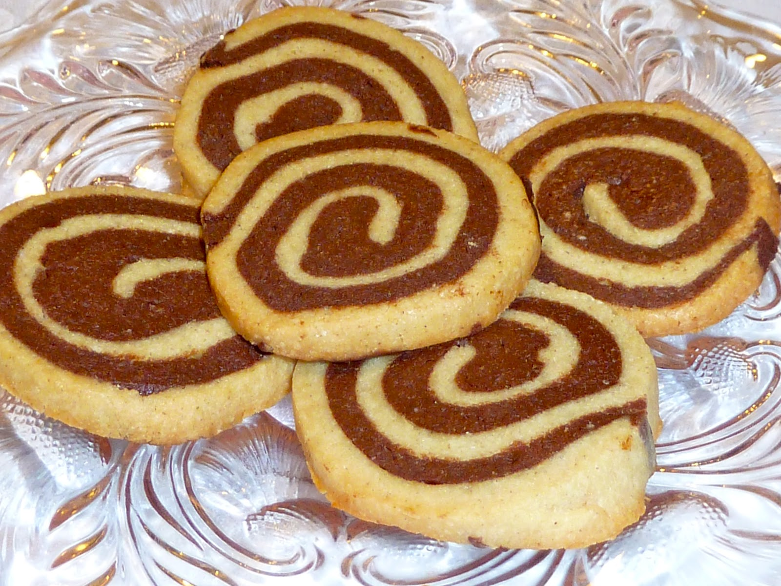 chocolate pinwheel cookies - photo #14