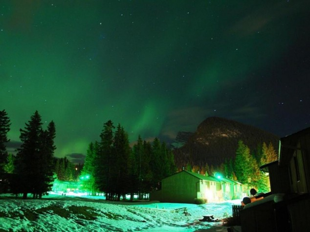 Banff Town – Northern Lights – Banff National Park – Alberta, Canada