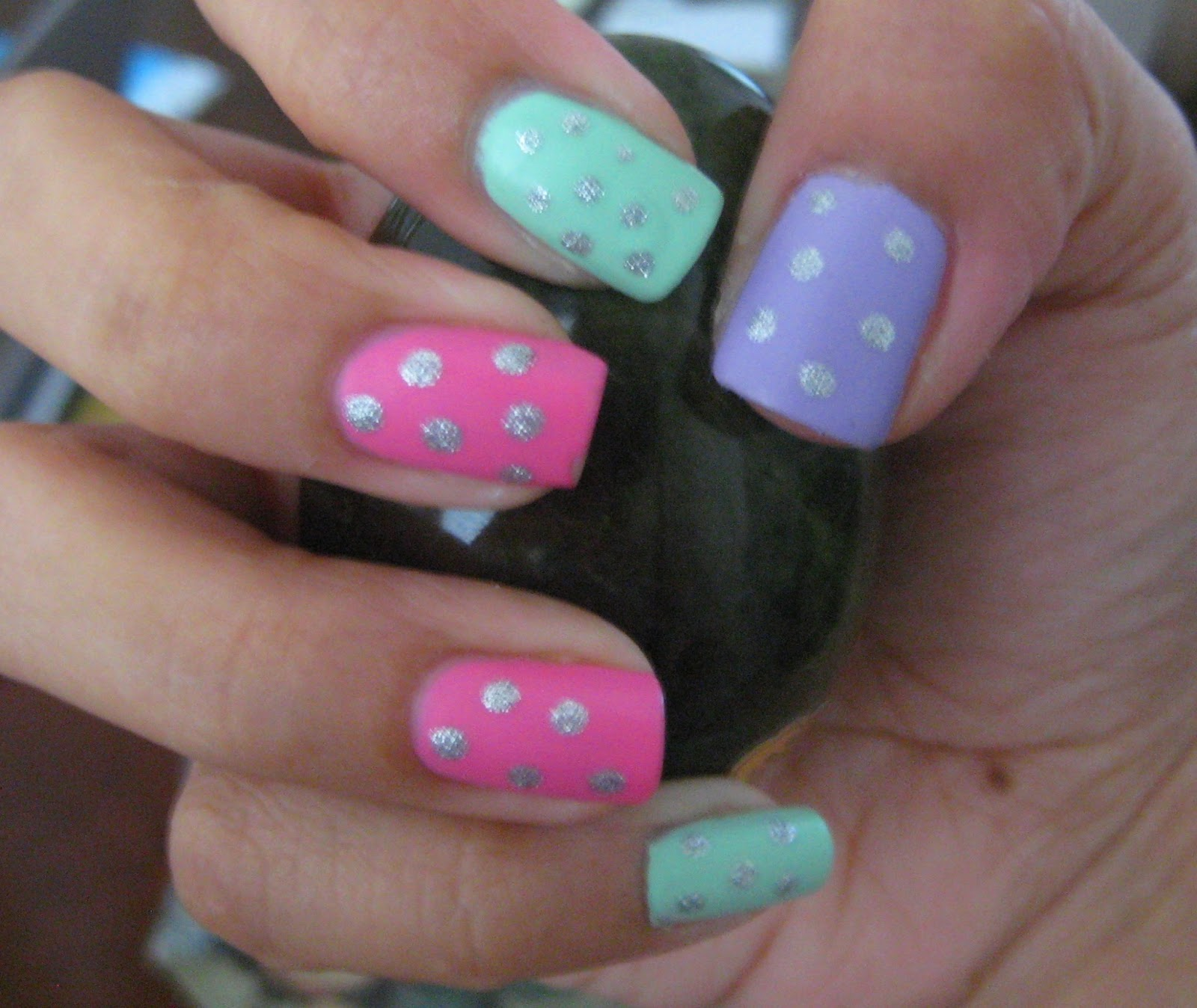5 Finger Discount: Cute Holiday Nail Art on a budget: Easter Egg ...