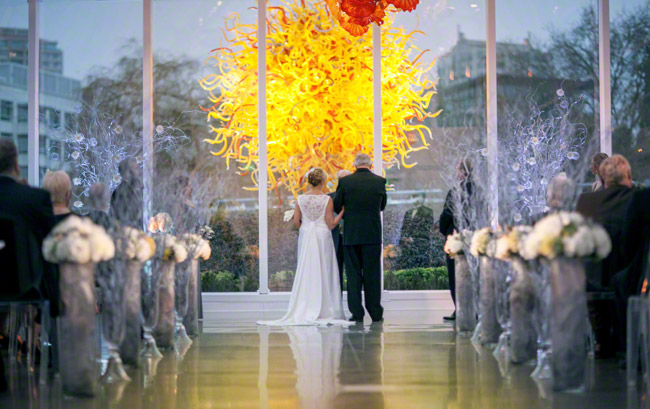wedding at chihuly garden and glass wedding seattle