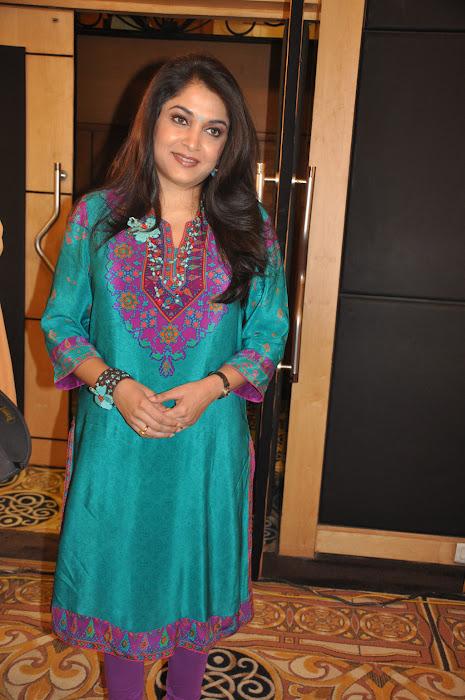 ramya krishna new look @ cinthol contest unseen pics