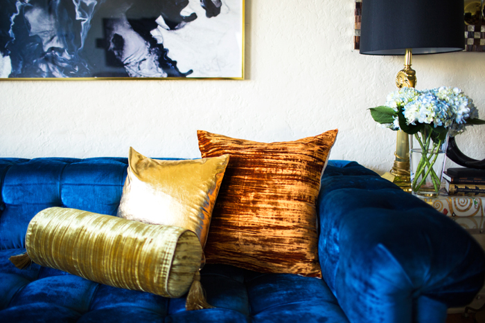 I Love The Color Of These Pillows As Well Texture Instead Placing Identical Its Much More Interesting To Eyes If You Place