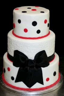 Wedding cakes with red details