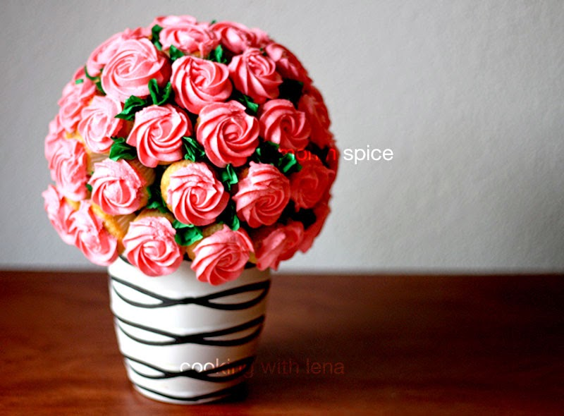 How To Make Flower Basket Cupcakes : Lemon n spice how to make a rose bouquet step by