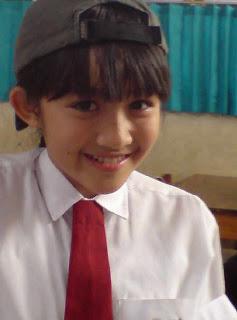 Angel Aurafa Falencia Putri : Biodata Personil BLiNK