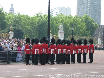 Buckingham Palace Royal Guards