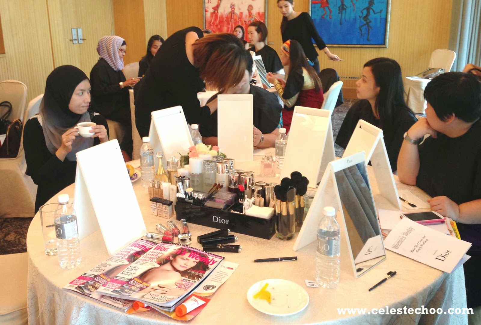 dior_beauty_makeup_workshop_guests_applying_makeup