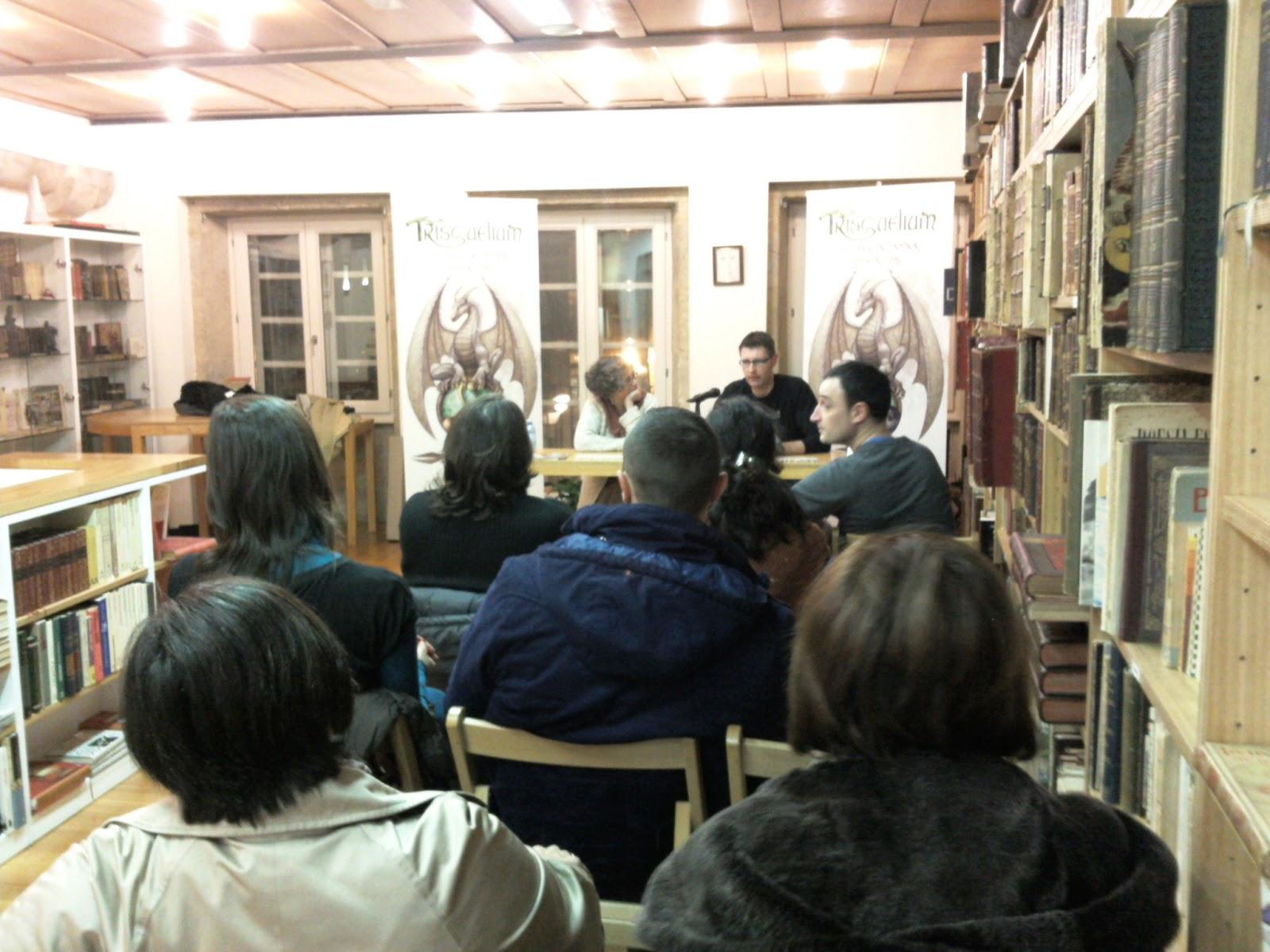 Trisquelium presentaci n en la librer a couceiro en santiago de compostela - Libreria couceiro santiago ...