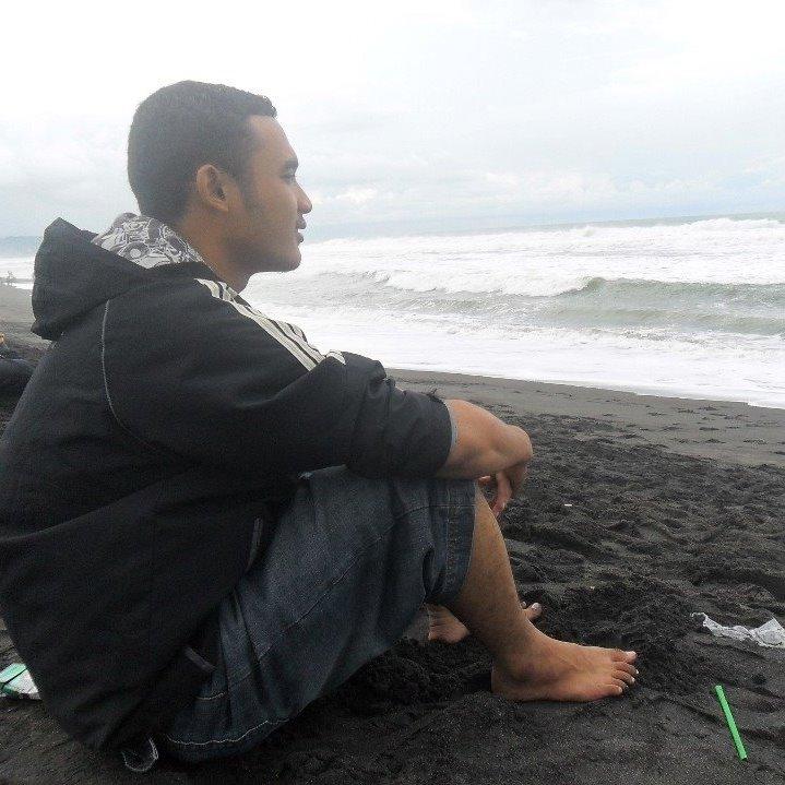 Anton Hidayah, S. Pt