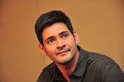 Mahesh Babu stylish photos-thumbnail-4