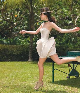 strapless dress li