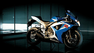 Suzuky Gsx-r Superb Motorcycle HD Wallpaper