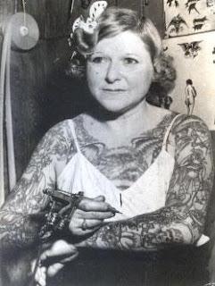 Mildred Hull, una de las primeras tatuadoras. http://distopiamod.blogspot.com.es